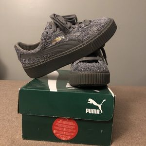 PUMAxFENTY creepers. Grey, cloth material.